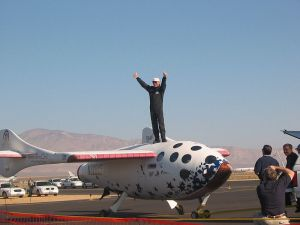 800px-SpaceShipOne_test_pilot_Mike_Melvill_after_the_launch_in_pursuit_of_the_Ansari_X_Prize_on_September_29,_2004