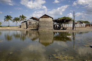 UNICEF and NGOs Provide Cholera Assistance to Haiti Area Cut off by Flooding
